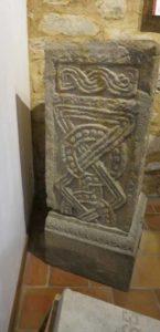 keltische-dreier-8 Sockel Redae